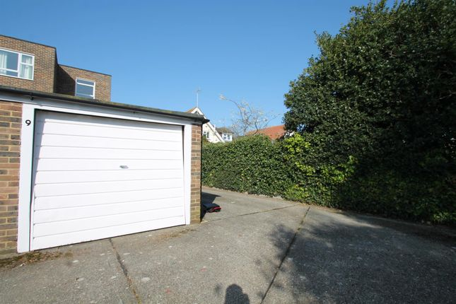 Parking/garage to rent in Brooklyn Avenue, Goring-By-Sea, Worthing