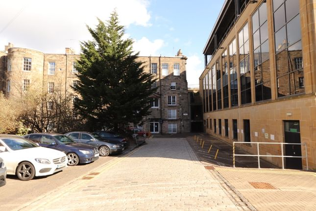 1 bed flat to rent in Greenside End, Leith, Edinburgh EH1