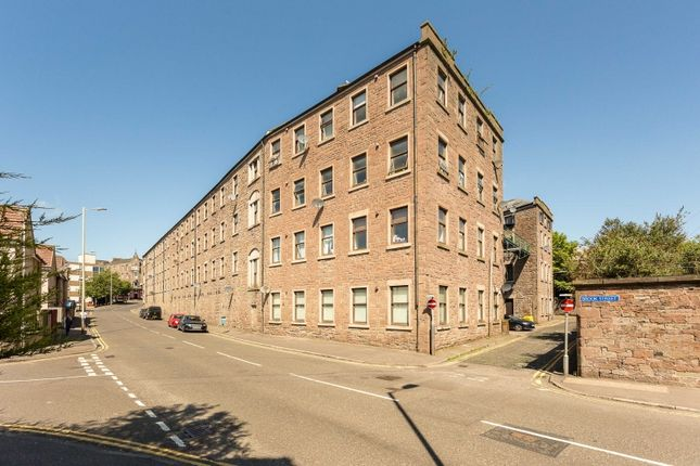 Thumbnail Flat for sale in Pleasance Court, Dundee