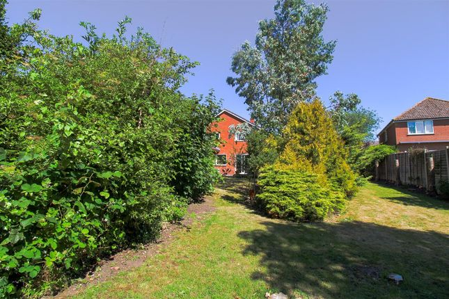 Thumbnail Semi-detached house for sale in Braiswick Lane, Mile End, Colchester