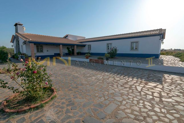 Thumbnail Farm for sale in Canhestros, Ferreira Do Alentejo E Canhestros, Ferreira Do Alentejo, Beja, Alentejo, Portugal