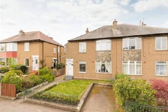 2 bed flat to rent in Colinton Mains Drive, Colinton, Edinburgh EH13