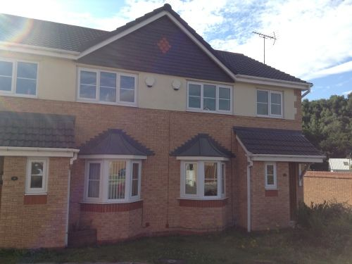 Thumbnail Semi-detached house to rent in Tudor Court, Rhostyllen, Wrexham