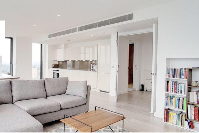 Thumbnail Flat to rent in Stratosphere Tower, 55 Great Eastern Road, London