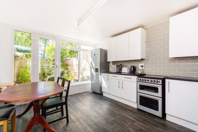 4 bed property for sale in Coburg Crescent, Tulse Hill
