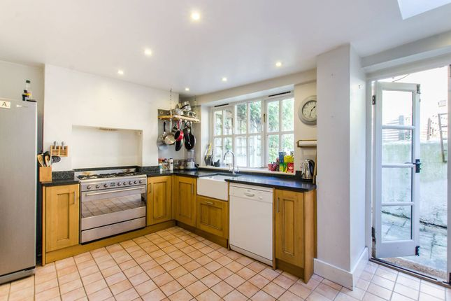 Thumbnail Property for sale in Parma Crescent, Clapham Junction