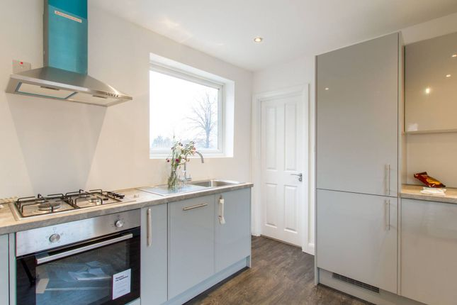 Thumbnail Maisonette to rent in Blackhorse Lane, Walthamstow