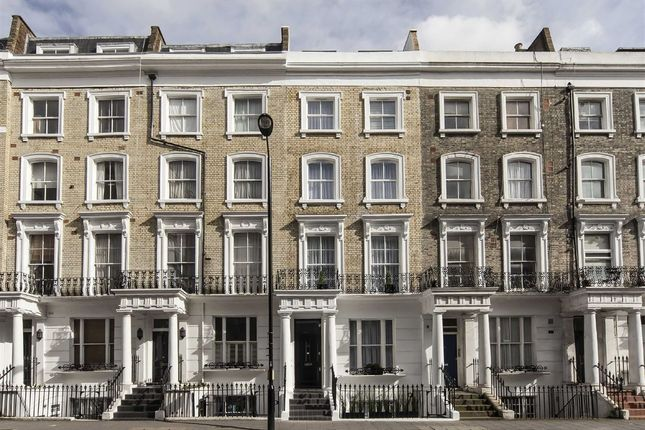 Thumbnail Property for sale in Chepstow Road, London