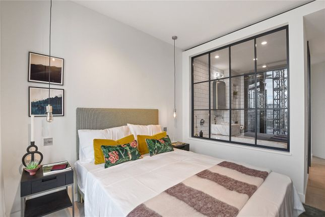 2 bed flat for sale in One Crown Place, Hackney EC2A
