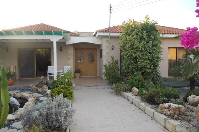 3 bed bungalow for sale in Moni, Moni, Limassol, Cyprus