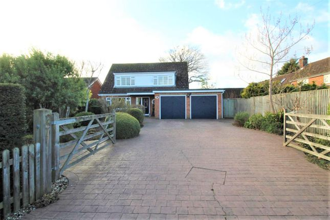 Thumbnail Property for sale in Newtown, Tadley