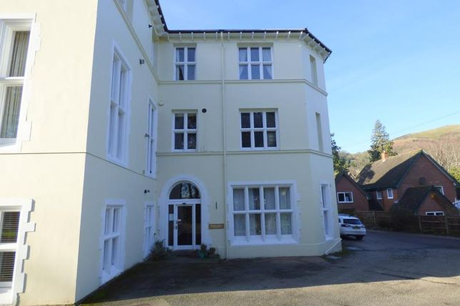 Photo 1 of Hatley Court, Flat 14, 81 Albert Road South, Malvern, Worcestershire WR14
