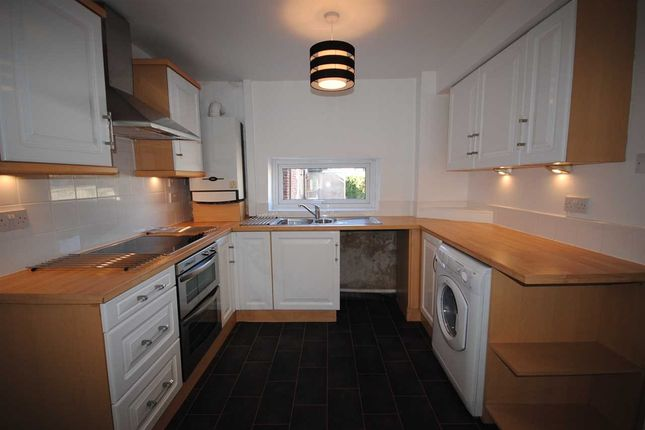 Flat to rent in Breck Road, Poulton-Le-Fylde