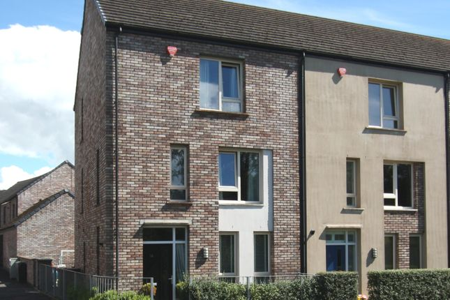 Thumbnail Town house to rent in Woodbrook Avenue, Lisburn
