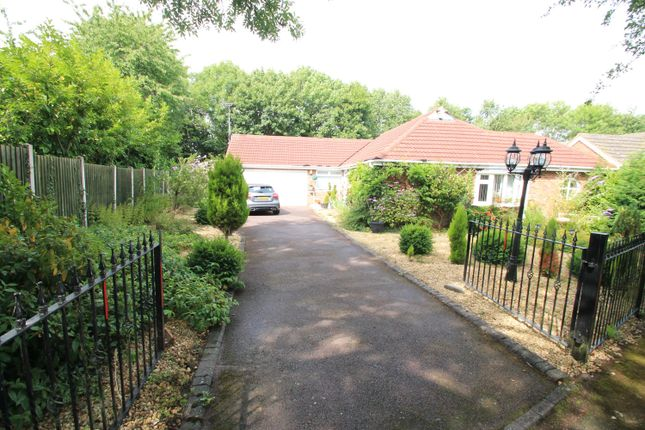 Thumbnail Detached bungalow for sale in Alveley Close, Redditch