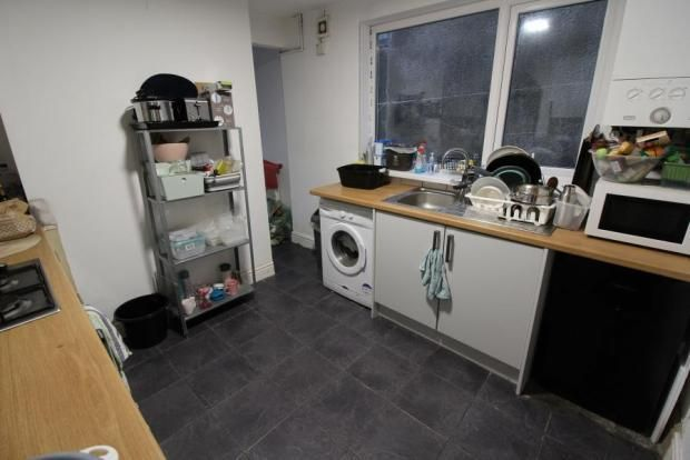 4 bed terraced house to rent in Thesiger Street, Cathays, Cardiff CF24