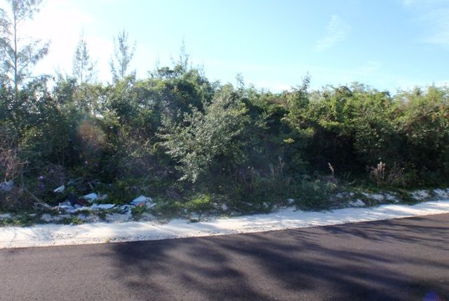 Land for sale in John Claridge Estatea 44, Nassau/New Providence, The Bahamas