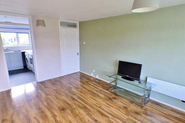 Lounge (1) of Glen Lee, St Leonards, East Kilbride G74