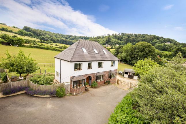 Thumbnail Country house for sale in Middleyard, Kings Stanley, Stonehouse
