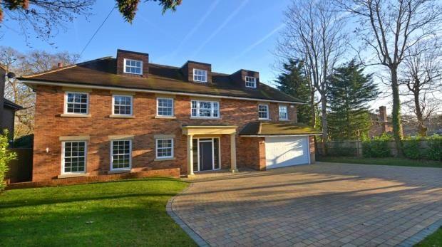 Thumbnail Detached house for sale in Daleside, Gerrards Cross, Buckinghamshire