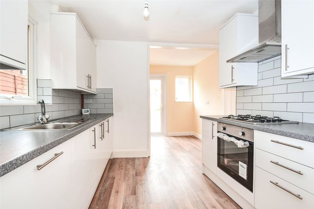 Thumbnail End terrace house to rent in Emmbrook Road, Wokingham, Berkshire