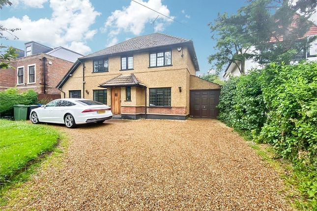 Thumbnail Detached house to rent in Richings Way, Iver, Buckinghamshire