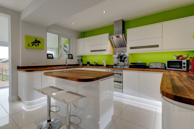 Thumbnail Semi-detached house for sale in St. Andrews Avenue, Colchester