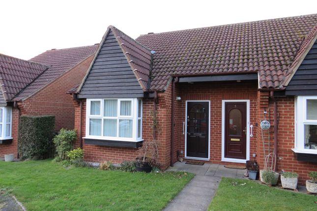 Thumbnail Semi-detached house for sale in Emerton Garth, Northchurch, Berkhamsted