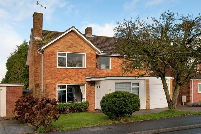 4 bed property for sale in Warrington Road, Paddock Wood, Tonbridge