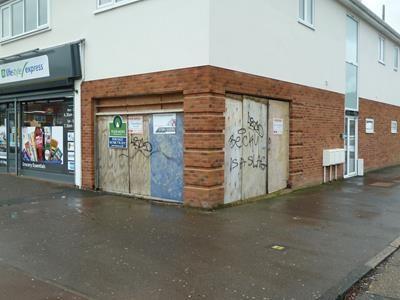Thumbnail Retail premises to let in Dagenham Road, Rush Green, Romford, Essex