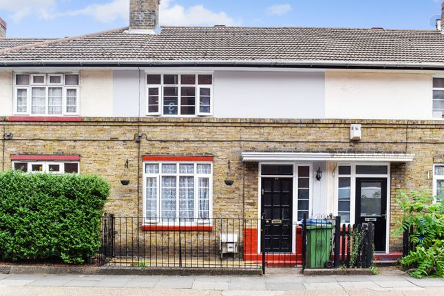 Thumbnail Terraced house to rent in Crosby Row, London