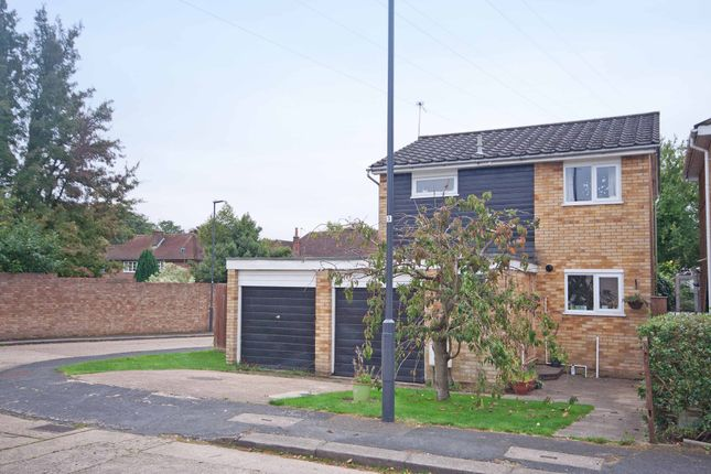 3 bed detached house for sale in Wessex Drive, Hatch End, Pinner