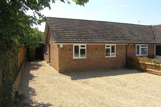 Thumbnail Semi-detached bungalow to rent in Upper Basildon, Reading