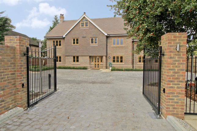 Thumbnail Property for sale in Laurelvale House, Long Lane, Ickenham