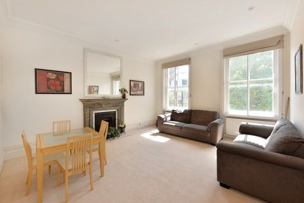 2 bedroom flat to rent in Coleherne Mansions, Old Brompton Road