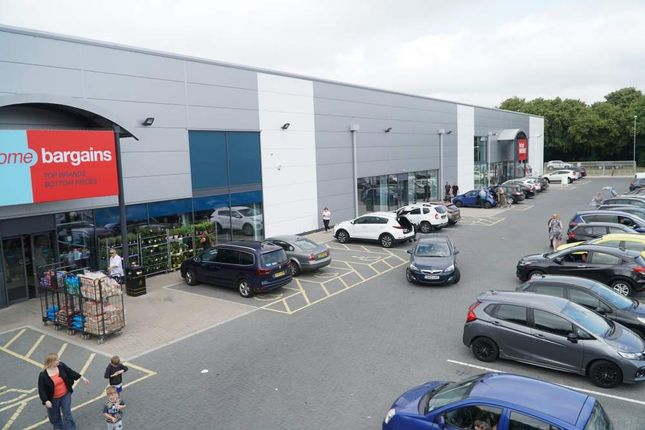 Thumbnail Retail premises to let in Unit 2 Barnfield Road Retail Park, Swindon