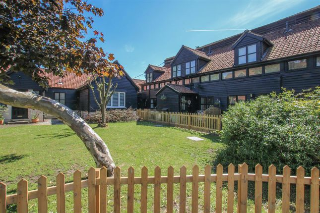 Thumbnail Terraced house for sale in Coxtie Green Road, Pilgrims Hatch, Brentwood