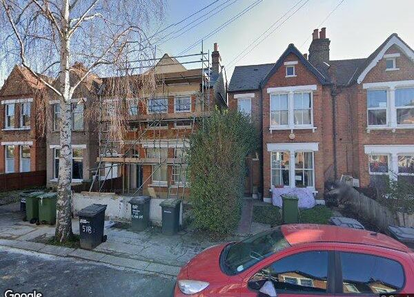 1 bed flat to rent in Elsinore Road, Forest Hill, London SE23