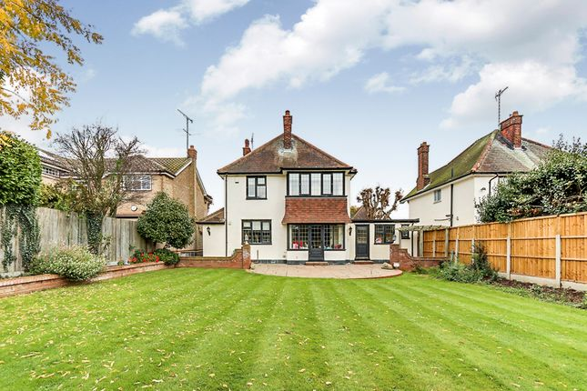 Thumbnail Detached house for sale in Daines Way, Southend-On-Sea