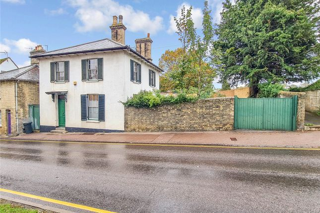 Thumbnail Detached house for sale in London Road, Royston, Hertfordshire