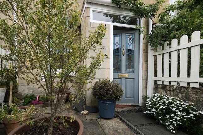 Thumbnail Terraced house to rent in Hampton View, Bath