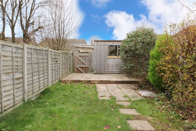 Photograph 13 of Willow Close, Alcester B49