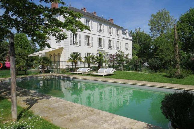 Properties for sale in maisons laffitte saint germain en for Maison d en france ile de france