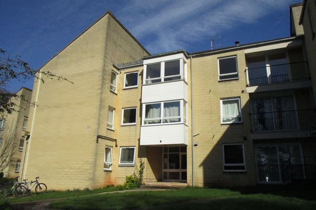 Thumbnail Flat to rent in Overnhill Road, Downend, Bristol