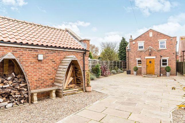 Thumbnail Detached house for sale in Lindley Road, Finningley, Doncaster