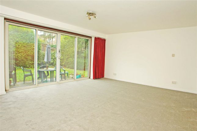Thumbnail Maisonette to rent in College Road, West Dulwich, London
