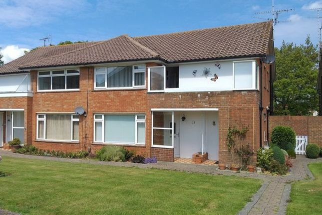 Thumbnail Flat to rent in Aldsworth Court, Aldsworth Avenue, Goring-By-Sea, Worthing