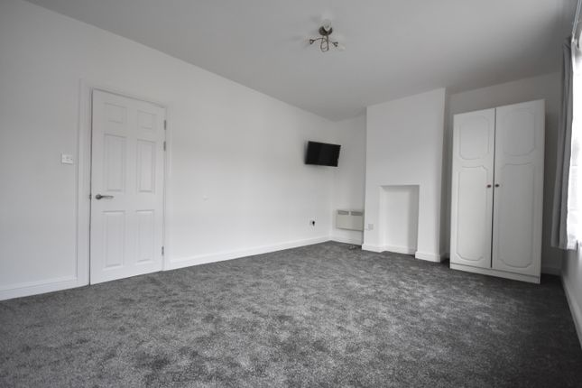 Thumbnail Flat to rent in Bertram Street, Cardiff