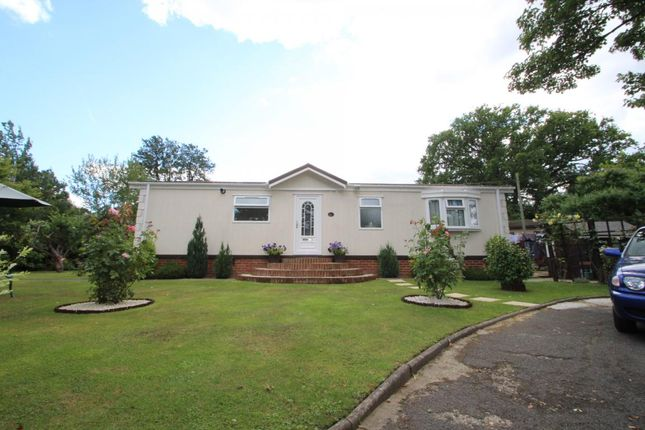 Thumbnail Mobile/park home for sale in Forest Way, Warfield Park