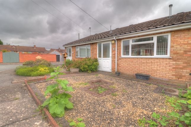 Thumbnail Bungalow for sale in Ogwen Close, Leicester